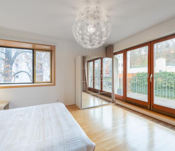 Prodej bytu 4+kk, 93 m2 - Jeseniova, Praha 3