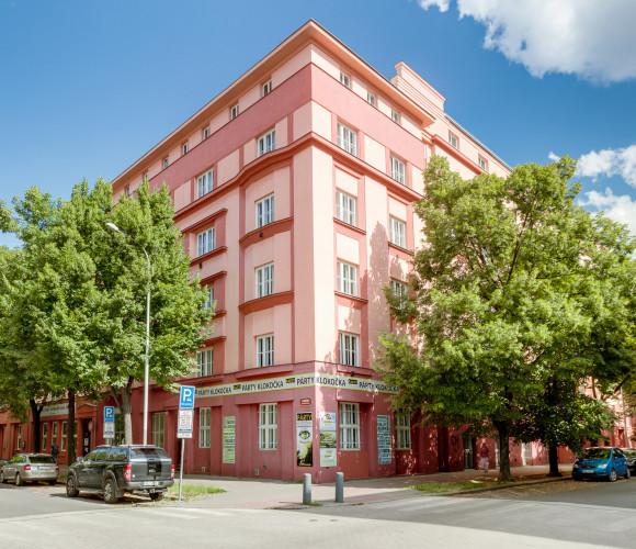 Prodej bytu 2+1, 70 m2 - Na Maninách, Praha 7