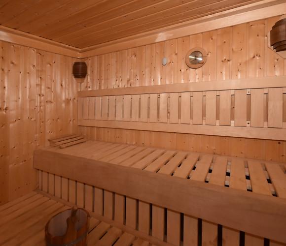 Prodej komerční ubytování, 3780 m2 - Malý Malahov