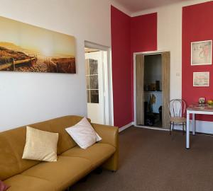 Pronájem bytu 2+1, 45 m2 - Norská, Praha 10