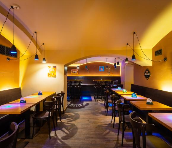 Prodej komerční restaurace, 170 m2 - Vodičkova, Praha 1