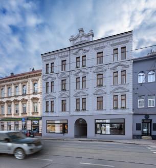 Prodej komerční obchodní prostory, 50 m2 - Sokolovská, Praha 8