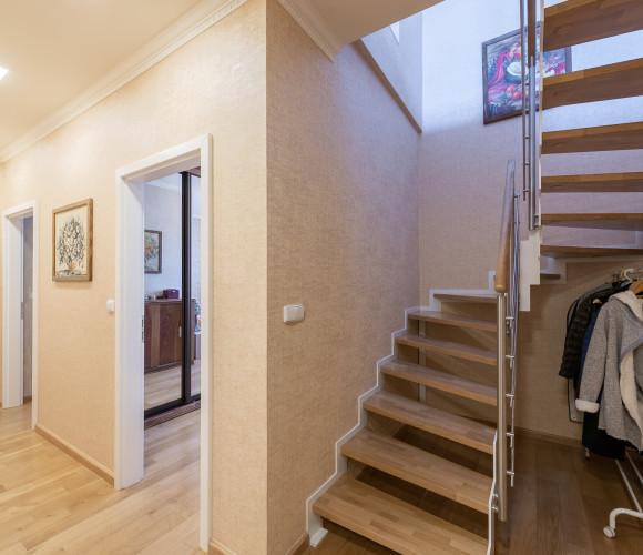 Prodej bytu 3+kk, 94 m2 - Drtinova, Praha 5