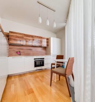 Pronájem bytu 3+kk, 100 m2 - Ke Kapslovně, Praha 3 - Žižkov