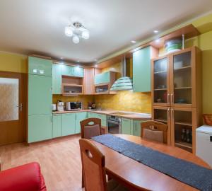 Prodej bytu 2+1, 76 m2 - Petržílkova, Praha 5