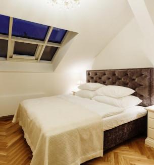 Pronájem bytu 1+kk, 20 m2 - Kaprova, Praha 1