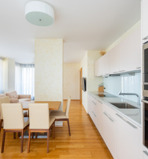 Pronájem bytu 3+kk, 88 m2 - Ke Kapslovně, Praha 3