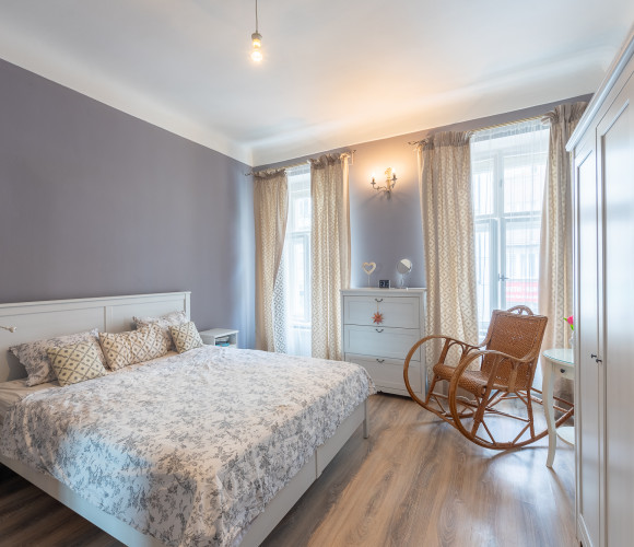Prodej bytu 3+1, 73 m2 - Sokolovská, Praha 8