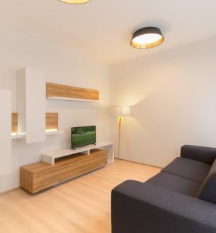 Prodej bytu 1+kk, 33 m2 - Petrohradská, Praha 10