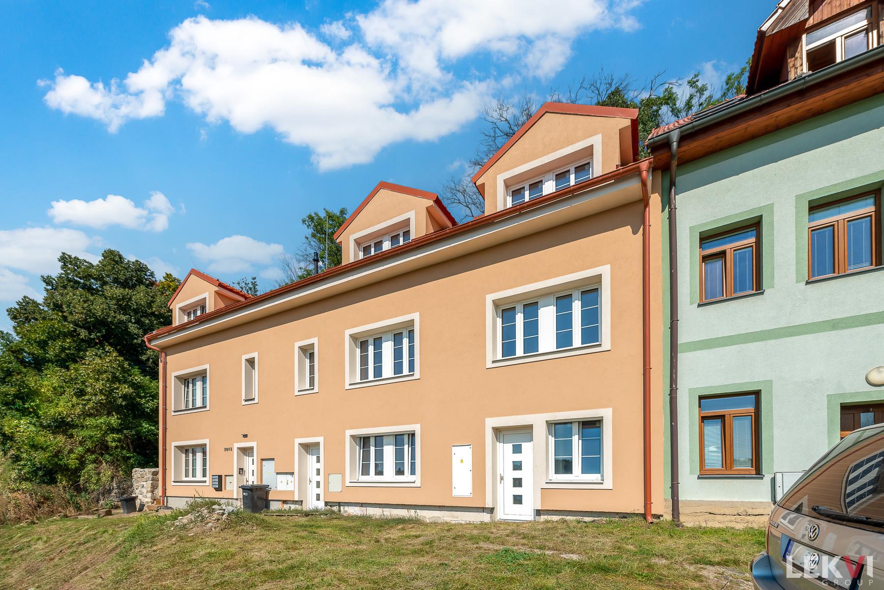 Prodej bytu 1+kk, 40 m2 - Pod Horou, Kladno
